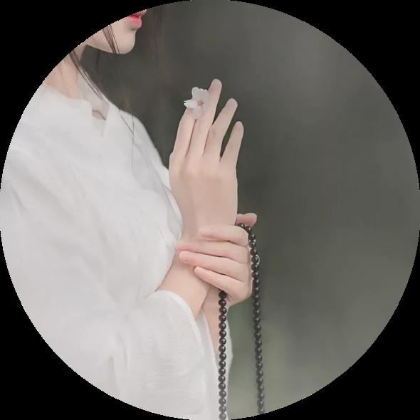 动情处,皆是灵魂拷问(诗评)――安娟英诗集《乡愁恰无愁》赏析