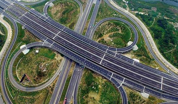 解决停车难等问题 连云港市出台公安交管11项便民措施