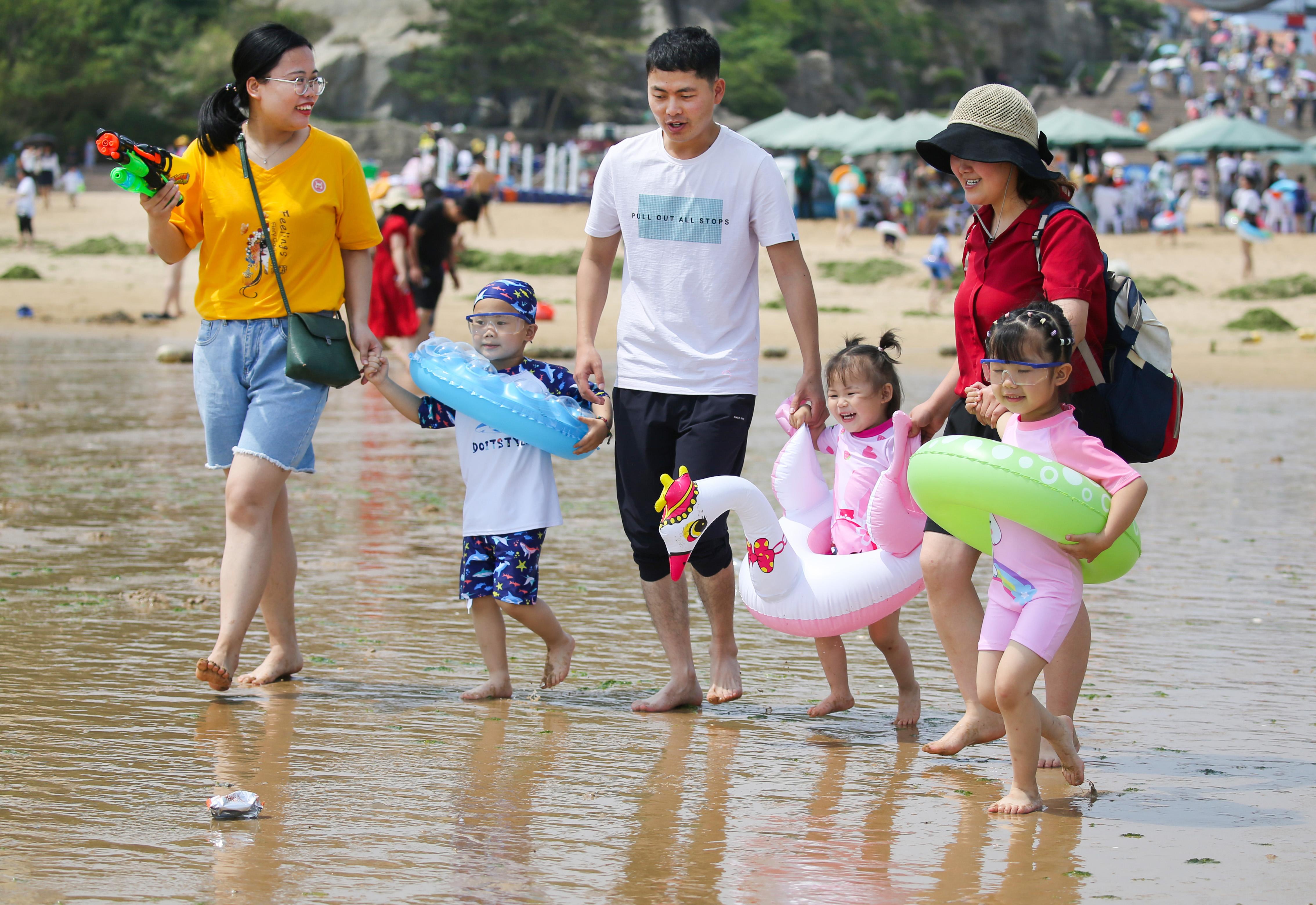 暑期游迅速升溫