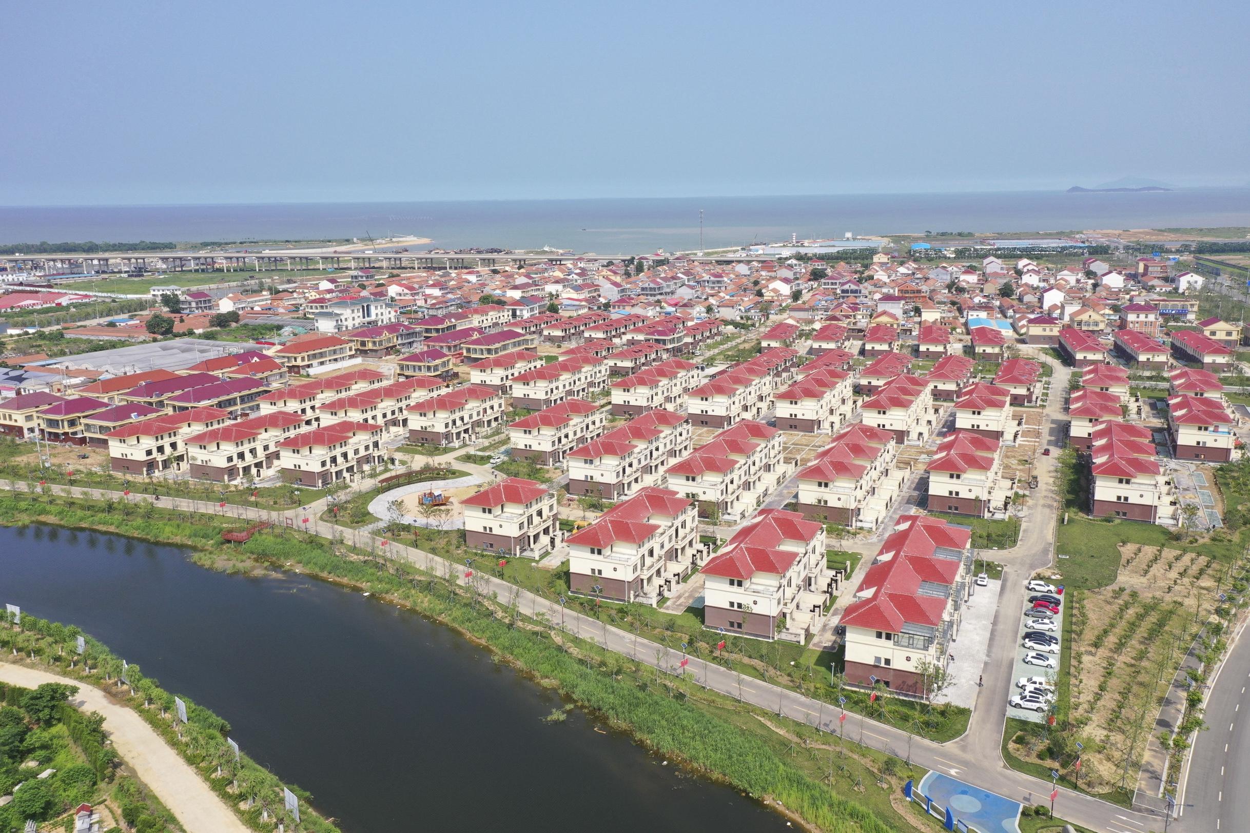 新型農村社區打造幸福家園?