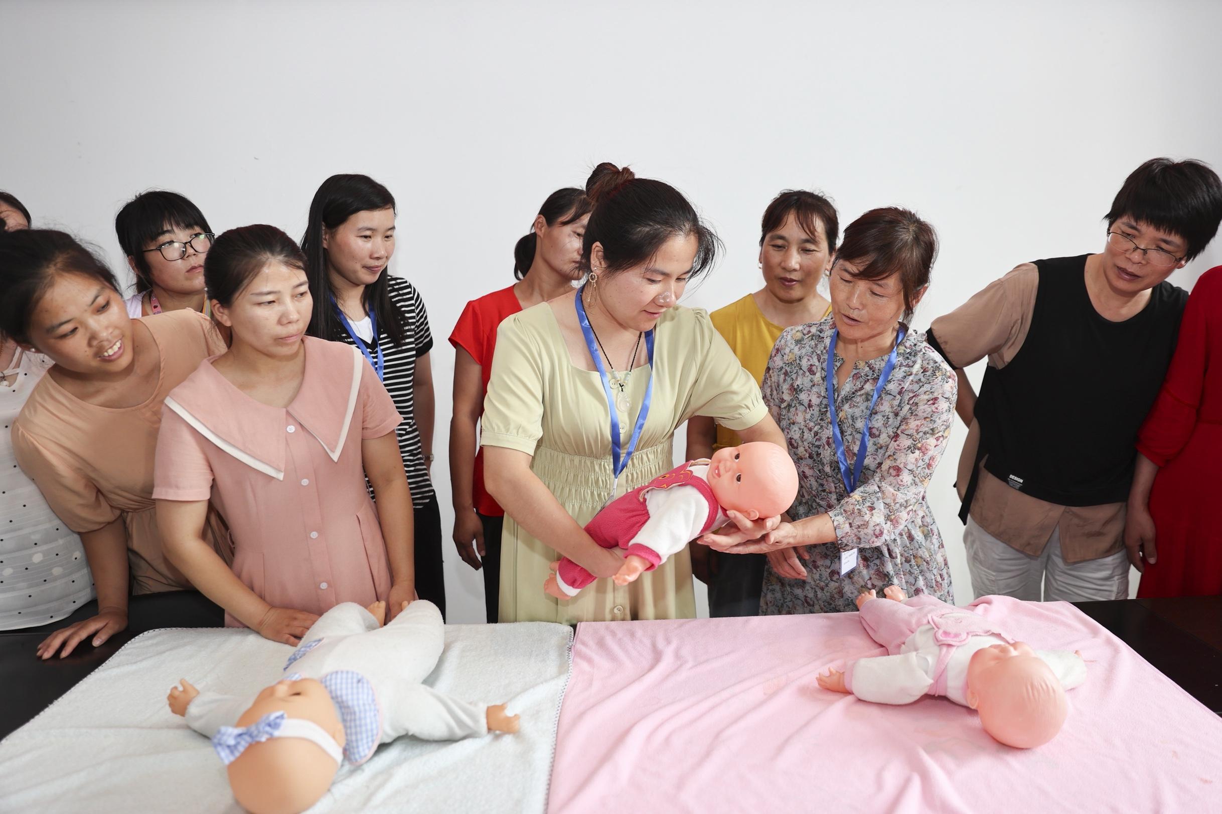 技能培訓促進婦女勞動力就業