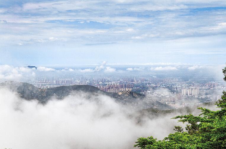 花果山上云霧繚繞 美不勝收