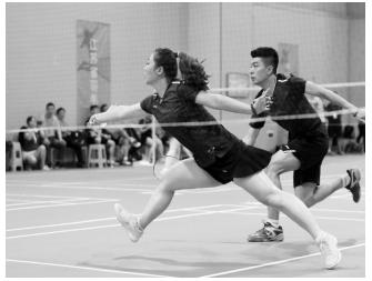全国新区开发区首届职工健康运动会羽毛球比赛举行